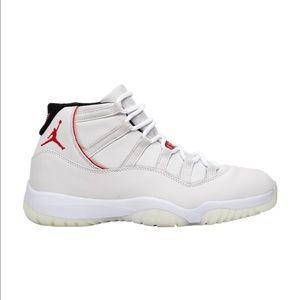 Air Jordan 11 Platinum tint size 10.5 us